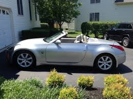nissan 350z roadster convertible
