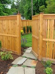 51 Amazing Enchanting Fence Ideas For Back Yard And Front Yard In 2020 Backyard Fence Decor House Fence Design Wood Fence Design