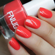 what nail polish colour goes with my