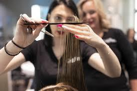 Modelli in fuga causa coronavirus: gli apprendisti parrucchieri temono per  l'esame finale - Ticinonline