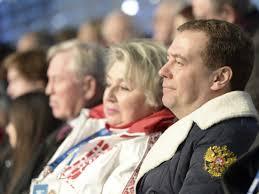 Medvedev Sleeps During Opening Ceremony - Business Insider