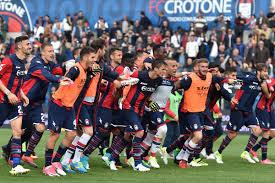 Crotone, i primi sei mesi di Serie A spingono il fatturato: 2016 ...