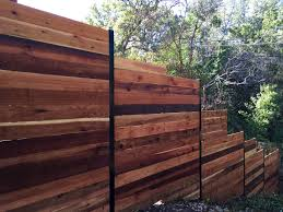 6 H Horizontal Cedar Privacy Framed Between 3 Black Steel Posts Check Out Www Fence4atx Com To See More Great Ideas For Cedar Fence Wood Fence Fence Design