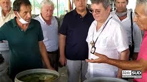Riviera dei Cedri, la visita del vicepresidente della regione Calabria Nino  Spirlì - YouTube