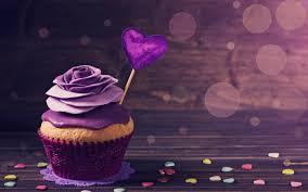 تحميل خلفيات عيد الحب 14 فبراير كب كيك كعكة مع كريم الأرجواني