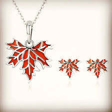most beautiful maple leaf jewelry