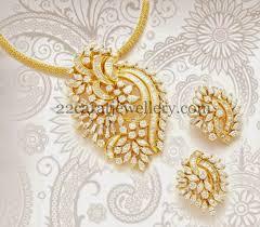 classic diamond pendant with tops