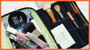 what s in my makeup bag you