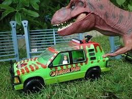 Jurassic Park Kenner Series 1 Exterior Shots Command Compound Main Gate Fences Jungle Explorer Ford Ground