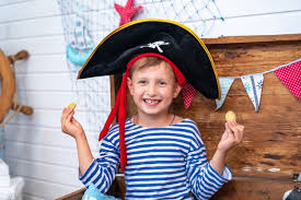 7 affordable diy pirate costume ideas