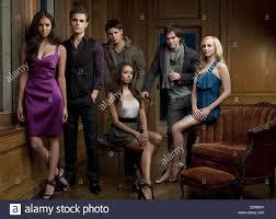 DOBREV,WESLEY,GRAHAM,MCQUEEN,SOMERHALDER,ACCOLA, THE VAMPIRE DIARIES Stock  Photo - Alamy