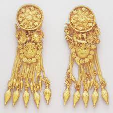 greek earrings that must be