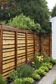 Side Yard With Wooden Fences Diy Garden Fence Privacy Fence Designs Privacy Fence Decorations