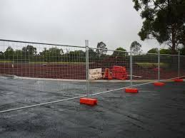 Temporary Fence Hire And Pool Fence Hire In Sydney Australia Crowd Control Barriers And Construction Site Fencing In Bankstown Sydney Nsw Fencing Construction Truelocal