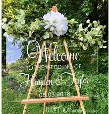 Amazon Com Battoo Welcome Wedding Decal Personalized Couples Names And Date Vinyl Decal Sticker Rustic Wedding Sign Custom Lettering Elegant Wedding 16 Wx12 H Plus Free Hello Door Decal Home Kitchen