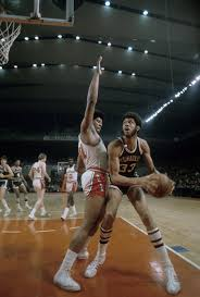 Wes Unseld, Powerful Hall of Fame N.B.A. Center, Dies at 74 - The New York  Times