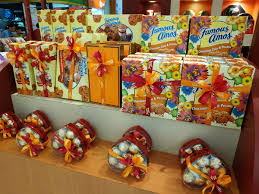 famous amos creative wrapping and