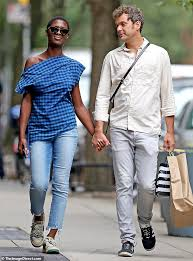Joshua Jackson shares a kiss with girlfriend Jodie Turner-Smith in ...