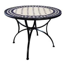 meval court style round table