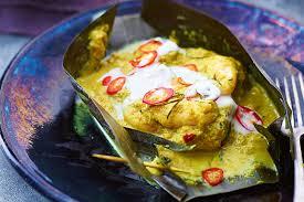 Seafood amok (Traditional Cambodian ...