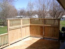 Pin By Hilary Hill On Outdoors Privacy Fence Designs Privacy Wall On Deck Fence Design