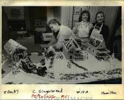 1987 Press Photo Carrie Schubert Fredinburg, of Beaverton Bakery - orb |  Historic Images