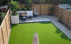 Hit And Miss Fence Panels Create Modern Garden Design The Edit Jacksons Fencing