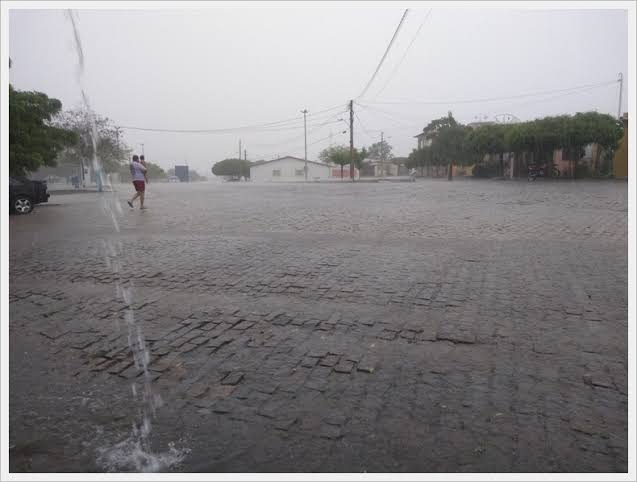 """Resultado de imagem para chuva em angicos"""""""