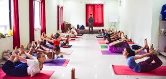 best yoga in rishikesh india