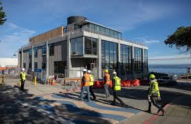 monterey bay aquarium building new 42