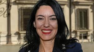 Bufera sulla neo-ministra dell'istruzione Lucia Azzolina: ha ...