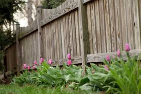 35 Awesome Wooden Fence Ideas For Residential Homes