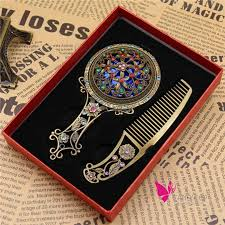 women chic retro vintage pocket mirror