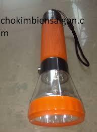 đèn pin sạc led 7988