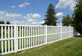 How To Choose The Right Vinyl Fence Color Utah Fence Warehouse