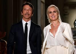 Maria Grazia Chiuri dice addio a Valentino: dopo 25 anni si separa ...