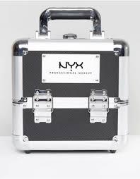 nyx train case matc09 lanniebeauty