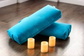 ultimate guide to the best yoga bolster