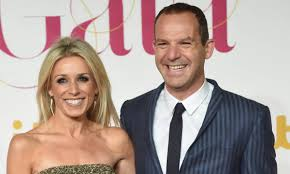 This Morning star Martin Lewis 'quits ...