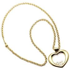heart yellow gold pendant necklace