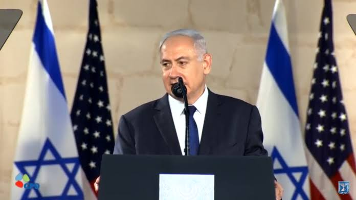 DidugaTerima Suap, Ribuan Warga Israel Desak Netanyahu Mundur