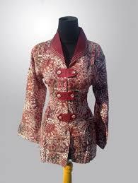Yuk cek koleksi model baju gamis batik terbaru jadi jika kaka. 27 Model Baju Batik Atasan Wanita Modern Terbaru 2020