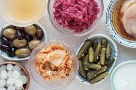 Probiotic Foods vs. Probiotic Supplements - Which is better?