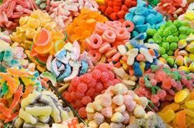 Thị Trường Bánh Kẹo Tết Tràn Lan Nên Mua Bánh Kẹo Ở Đâu Để An Toàn ...