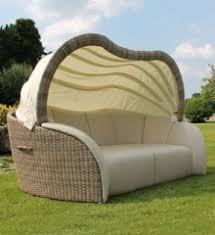 outdoor rattan day beds