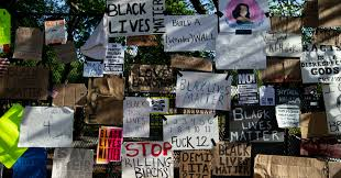 Whose Fence Our Fence Trump S New White House Barrier Transformed Into Black Lives Matter Memorial Common Dreams News
