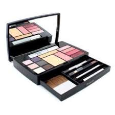 makeup palette by dior on popscreen