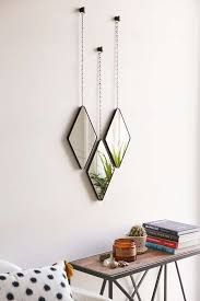 stylish ways to decorate with mirrors