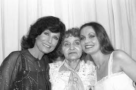 Loretta Lynn's Siblings: Then and Now