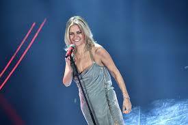 VIDEO Irene Grandi Sanremo 2020, l'esibizione in finale con ...